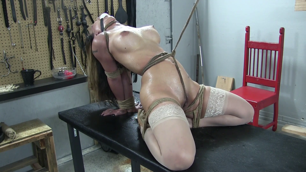 Download Free Emilys Extreme Bdsm And Pussy Punishment Of Hardcore Masochist In Severe